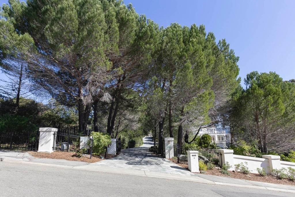 46. Residential for Sale at Boroughwood Place Hillsborough, California 94010 United States