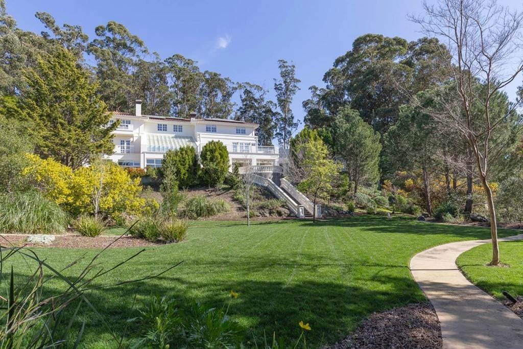 47. Residential for Sale at Boroughwood Place Hillsborough, California 94010 United States