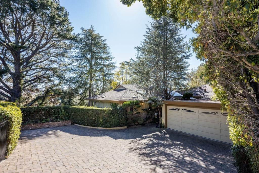 Residential for Sale at Gramercy Drive San Mateo, California 94402 United States