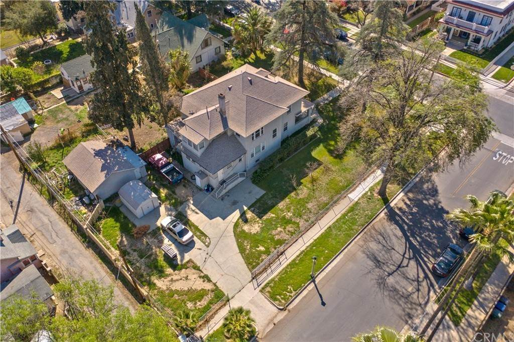 3. Residential for Sale at 4th Street Riverside, California 92501 United States