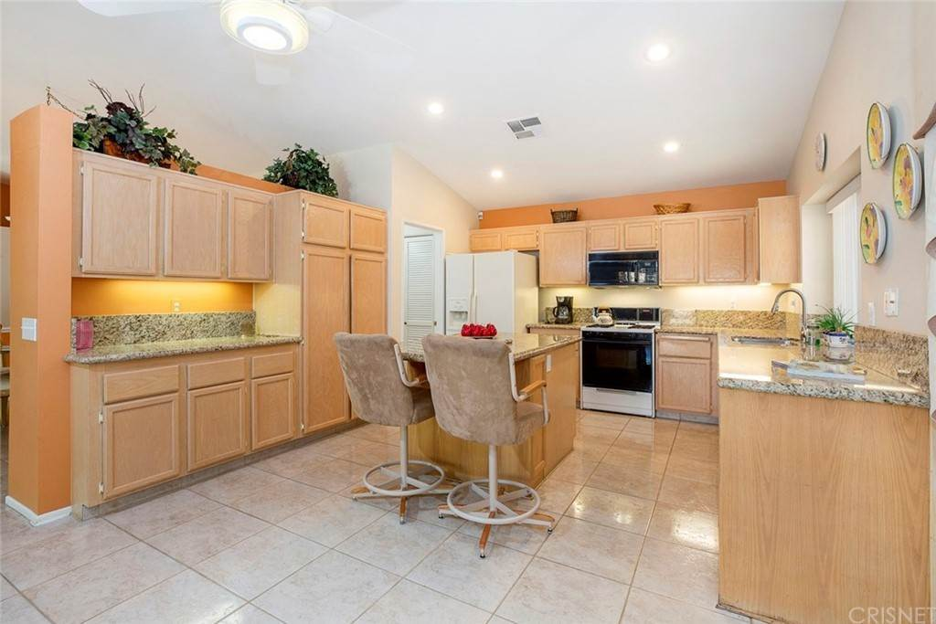 10. Residential for Sale at Sanita Drive La Quinta, California 92253 United States
