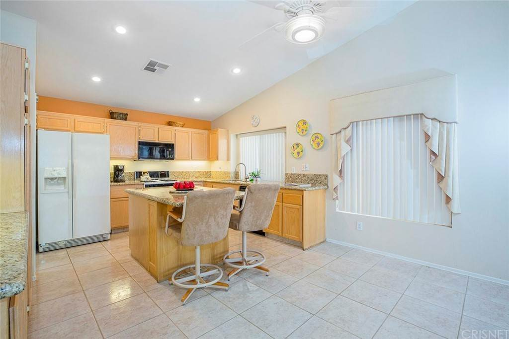 9. Residential for Sale at Sanita Drive La Quinta, California 92253 United States