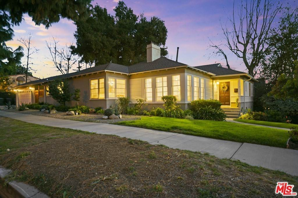 2. Residential for Sale at N Isabel Street Glendale, California 91207 United States
