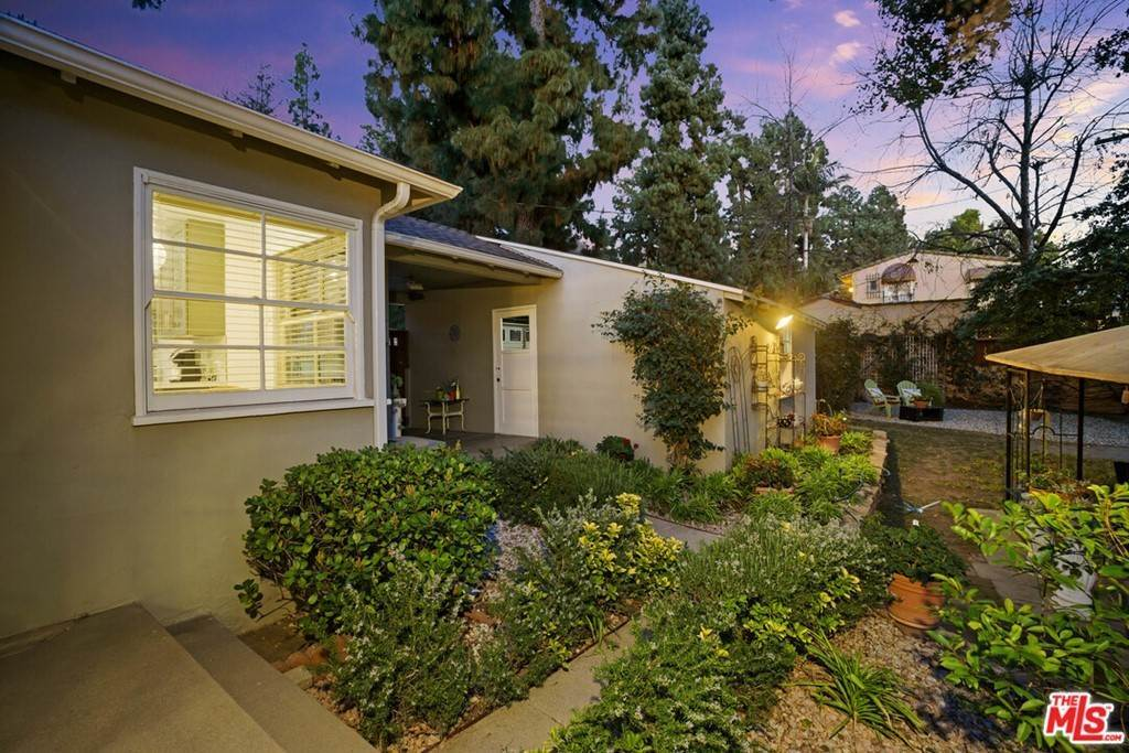33. Residential for Sale at N Isabel Street Glendale, California 91207 United States