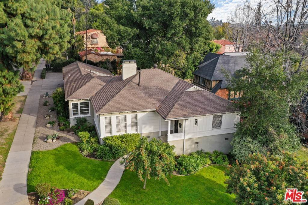 41. Residential for Sale at N Isabel Street Glendale, California 91207 United States