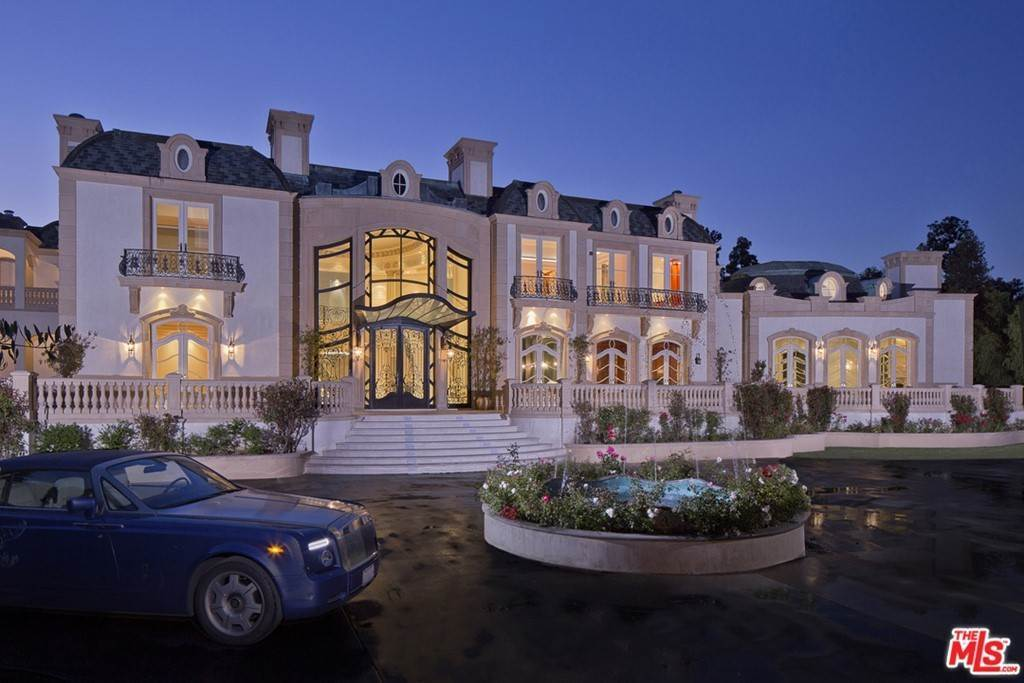 Residential for Sale at N Alpine Drive Beverly Hills, California 90210 United States