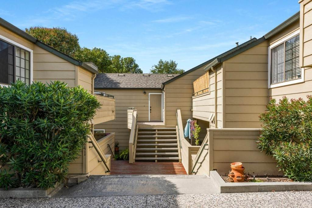 Residential for Sale at Heather Ridge Court San Jose, California 95136 United States