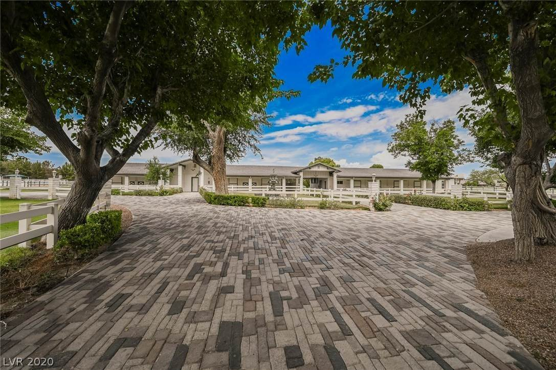12. Residential for Sale at 6629 Pecos Road Las Vegas, Nevada 89120 United States