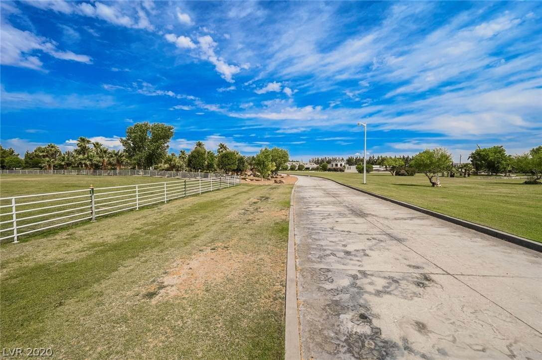 21. Residential for Sale at 6629 Pecos Road Las Vegas, Nevada 89120 United States