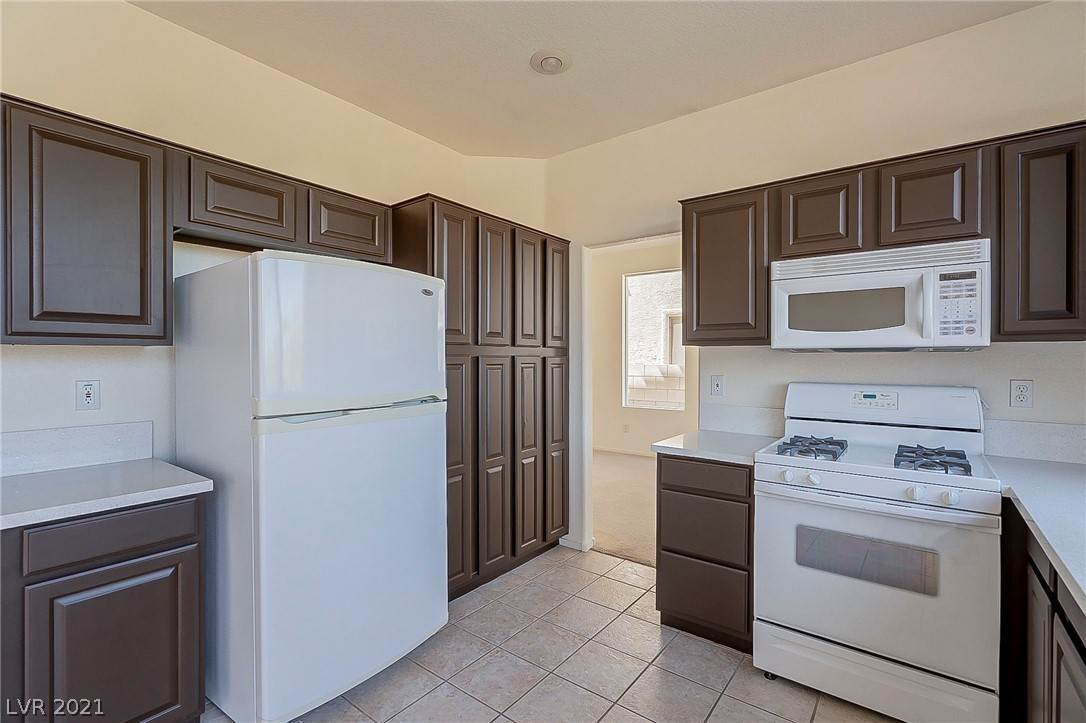 10. Residential for Sale at 2994 Paseo Hills Way Henderson, Nevada 89052 United States