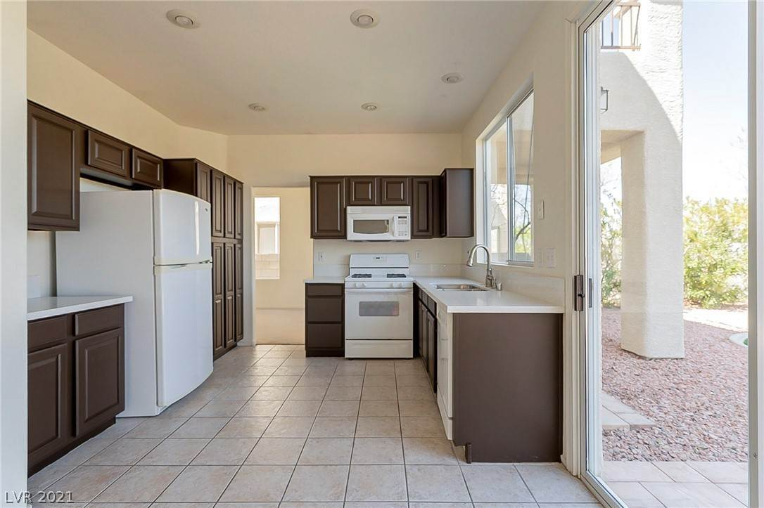 6. Residential for Sale at 2994 Paseo Hills Way Henderson, Nevada 89052 United States