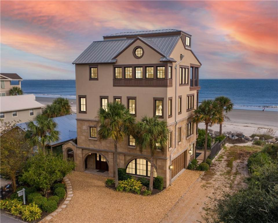 Residential for Sale at 815 Park Way St. Simons Island, Georgia 31522 United States