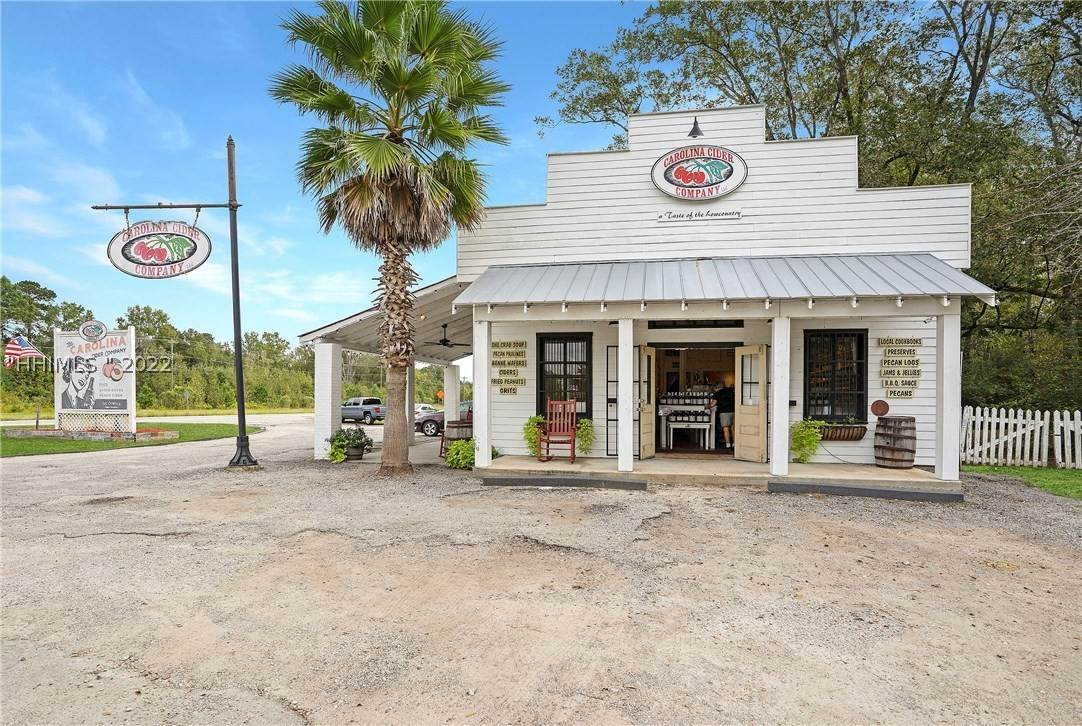Commercial for Sale at 1398 Kings Highway Yemassee, South Carolina 29945 United States