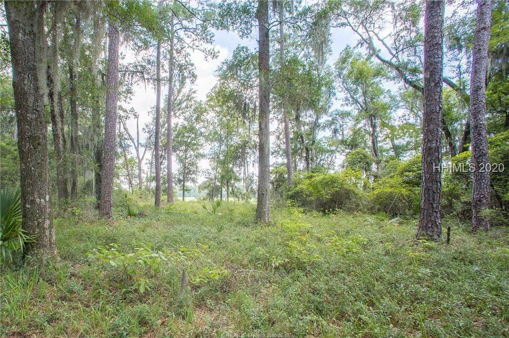 13. Land for Sale at 31 Headwaters Road Bluffton, South Carolina 29910 United States
