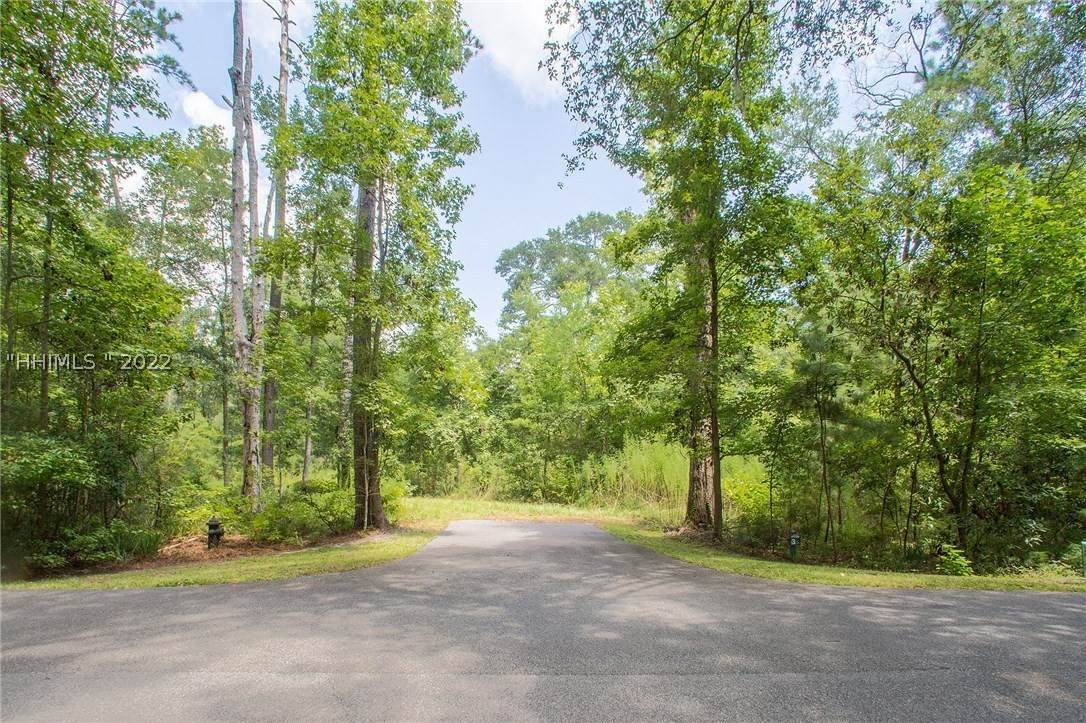 17. Land for Sale at 31 Headwaters Road Bluffton, South Carolina 29910 United States