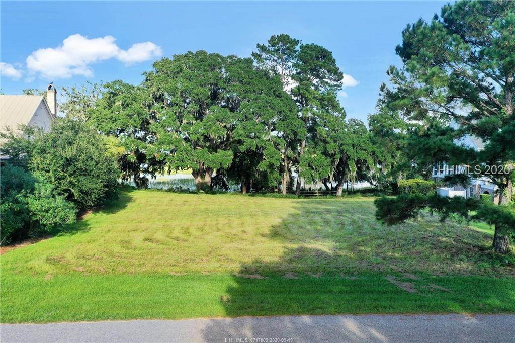 35. Land for Sale at 25 Old Oak Road Bluffton, South Carolina 29909 United States