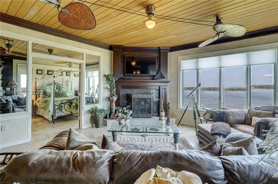 Condominiums for Sale at 251 S Sea Pines Drive Hilton Head Island, South Carolina 29928 United States