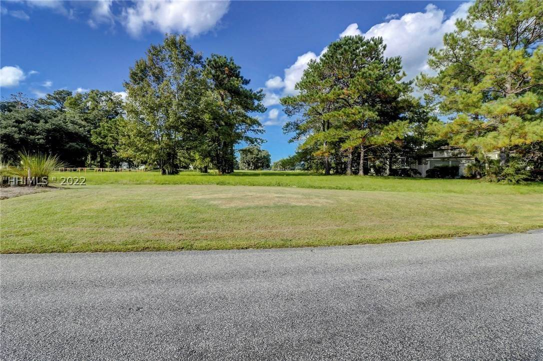 18. Land for Sale at 177 Oldfield Way Bluffton, South Carolina 29909 United States