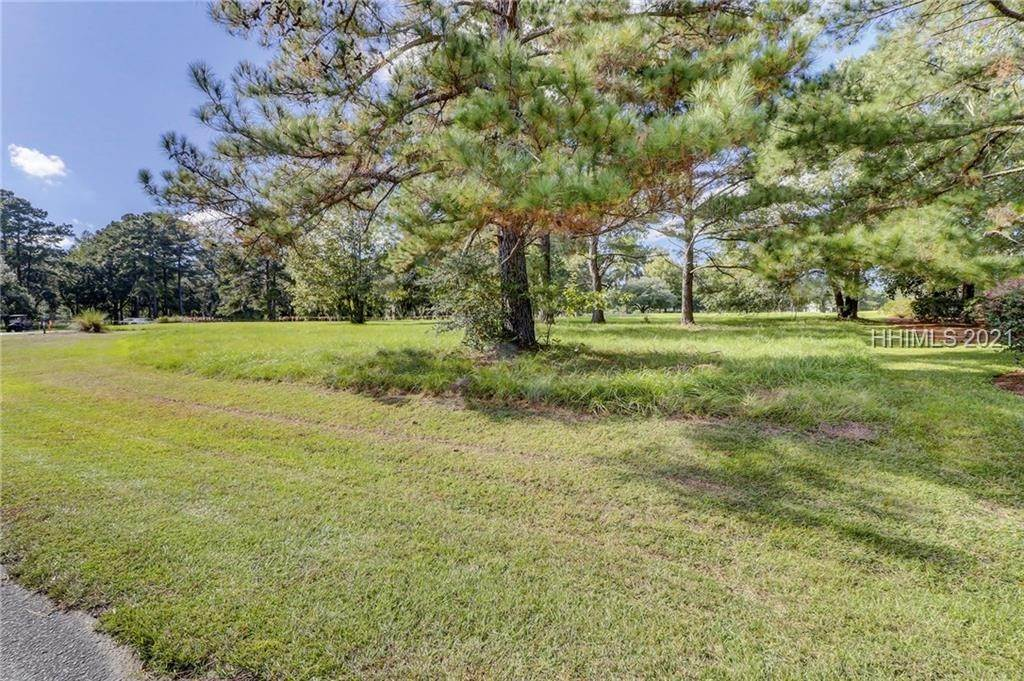 19. Land for Sale at 177 Oldfield Way Bluffton, South Carolina 29909 United States