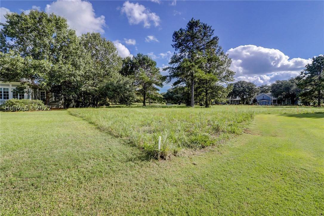 23. Land for Sale at 177 Oldfield Way Bluffton, South Carolina 29909 United States