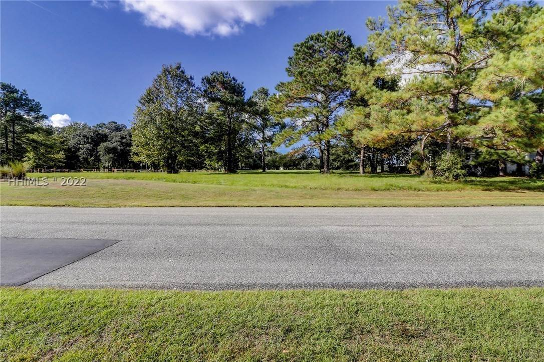 24. Land for Sale at 177 Oldfield Way Bluffton, South Carolina 29909 United States