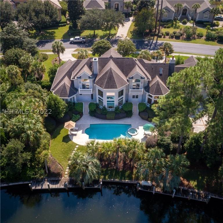 Single Family Homes for Sale at 4 Wexford Club Drive Hilton Head Island, South Carolina 29928 United States