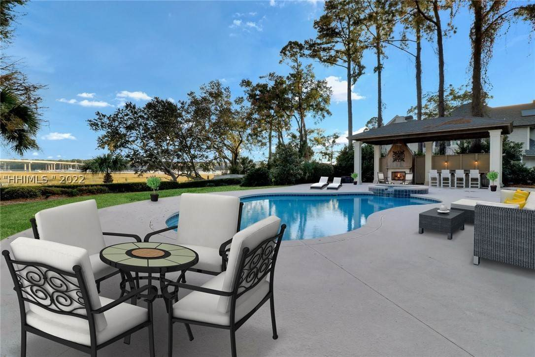 Single Family Homes for Sale at 40 Widewater Road Hilton Head Island, South Carolina 29926 United States