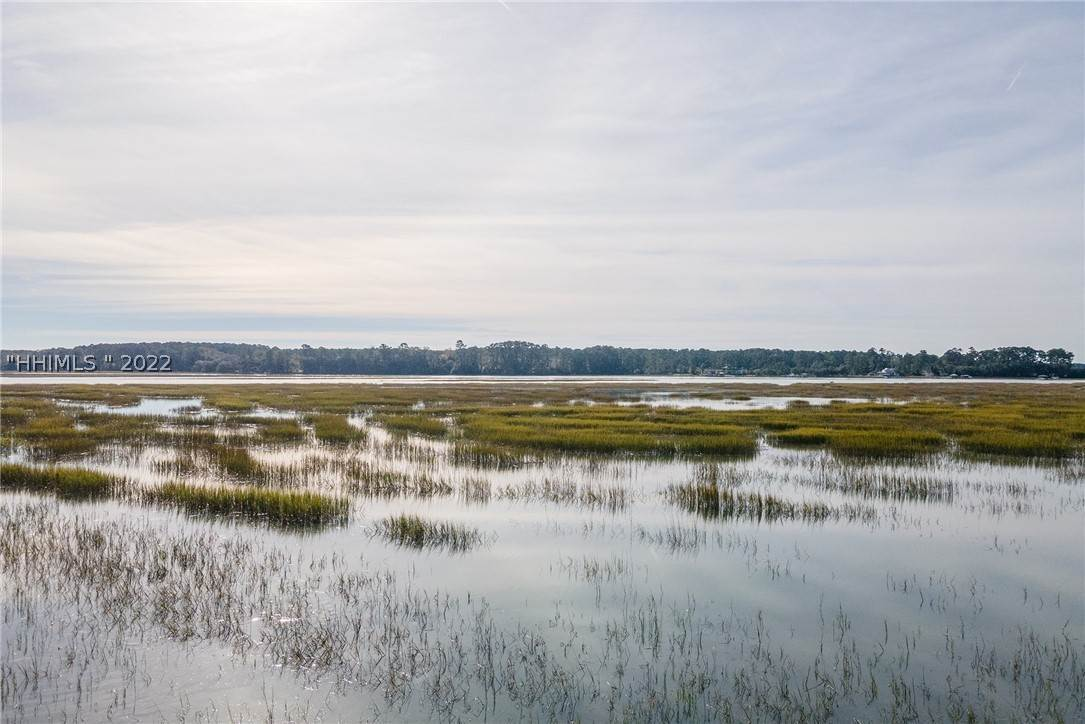 27. Land for Sale at 172 Oldfield Way Bluffton, South Carolina 29909 United States