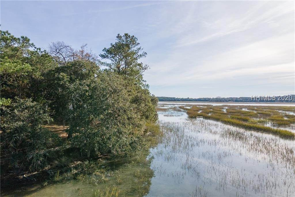 28. Land for Sale at 172 Oldfield Way Bluffton, South Carolina 29909 United States