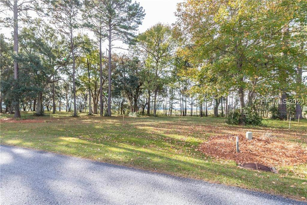 29. Land for Sale at 172 Oldfield Way Bluffton, South Carolina 29909 United States