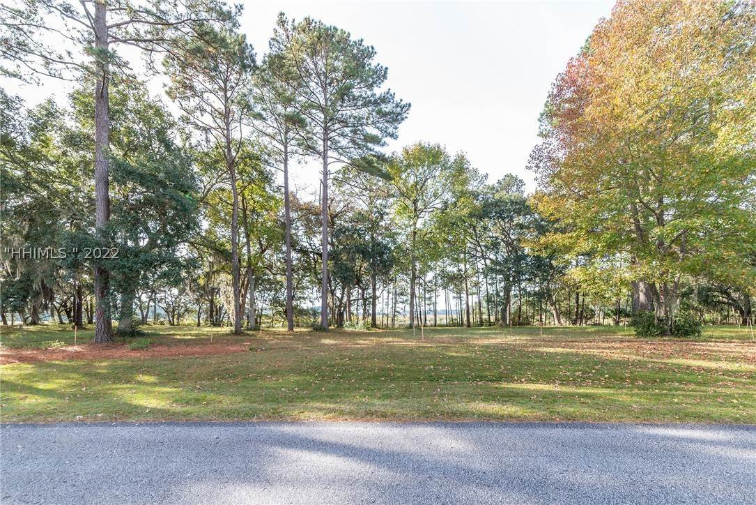 30. Land for Sale at 172 Oldfield Way Bluffton, South Carolina 29909 United States