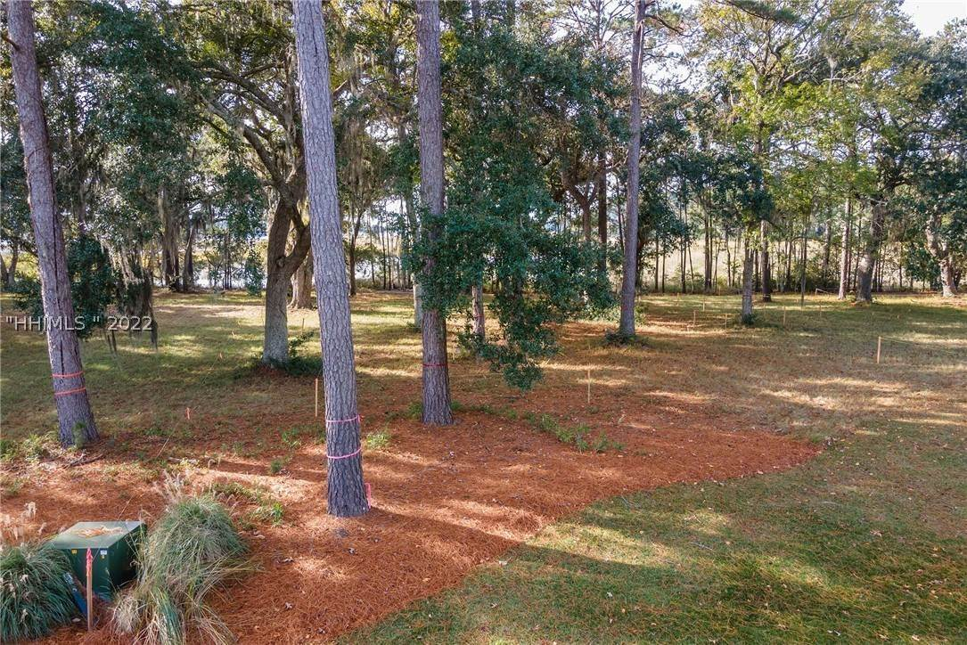 7. Land for Sale at 172 Oldfield Way Bluffton, South Carolina 29909 United States