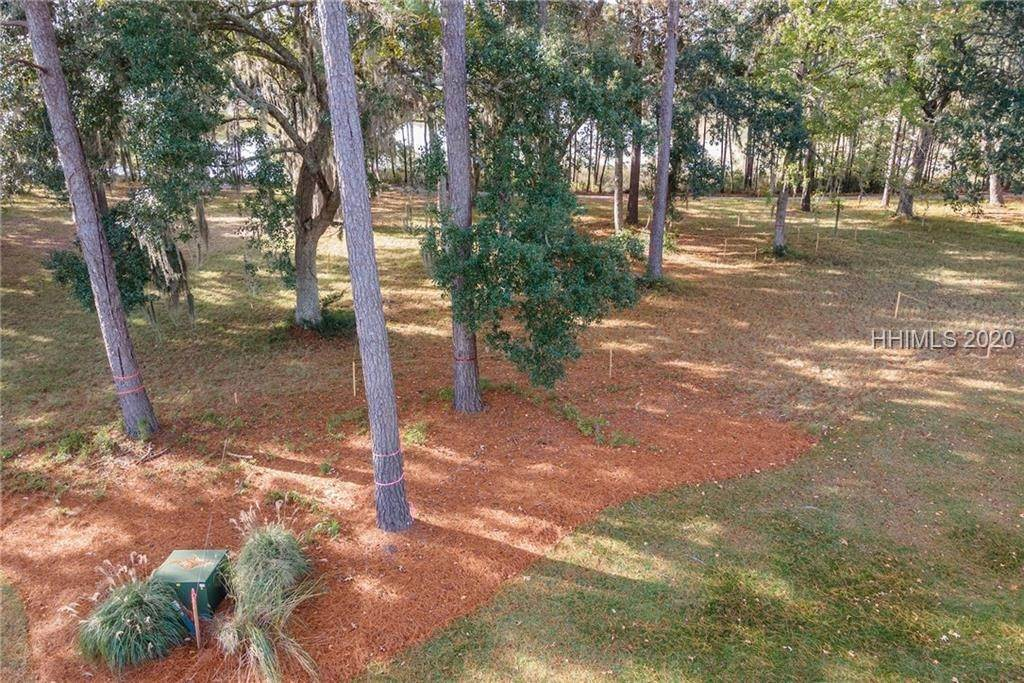 8. Land for Sale at 172 Oldfield Way Bluffton, South Carolina 29909 United States
