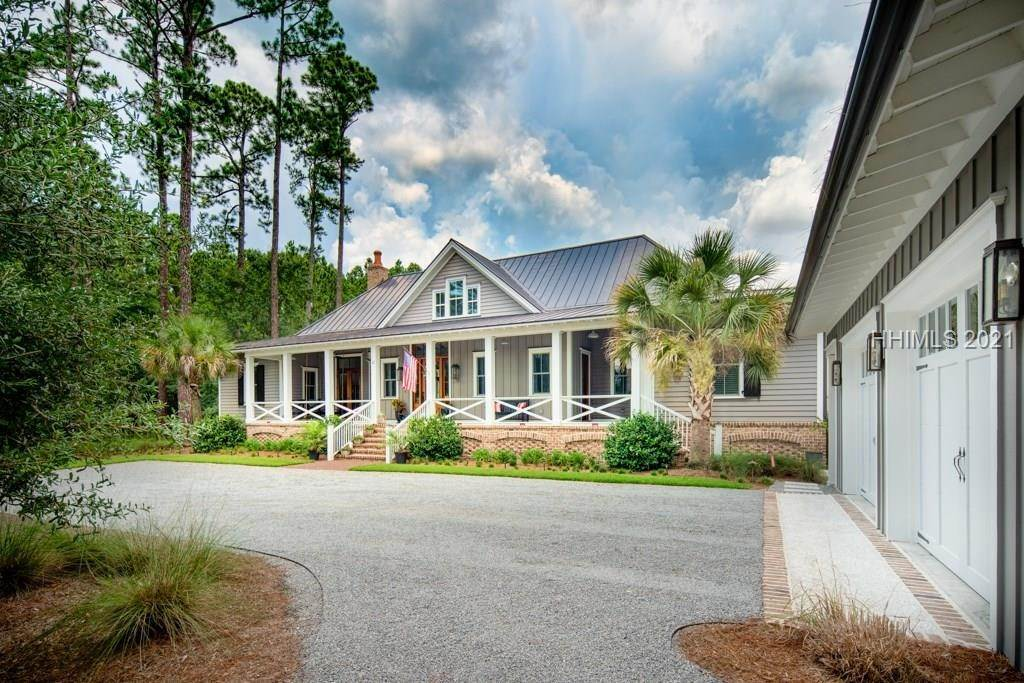 Single Family Homes for Sale at 12 Devonshire Road Bluffton, South Carolina 29910 United States