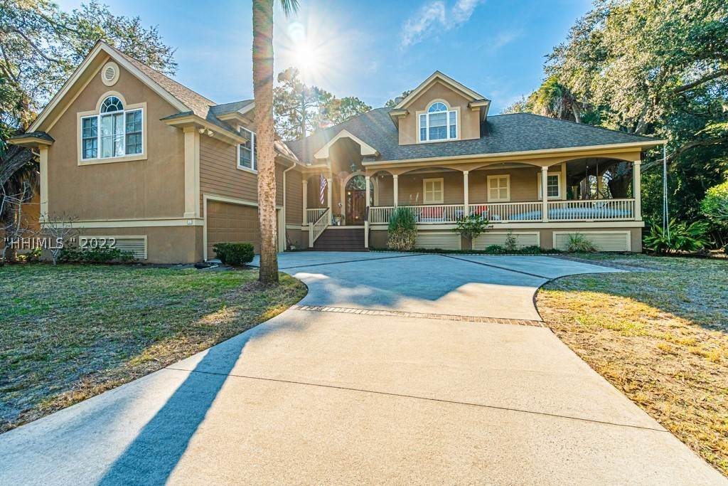 Single Family Homes for Sale at 3 Myrtle Lane Hilton Head Island, South Carolina 29928 United States