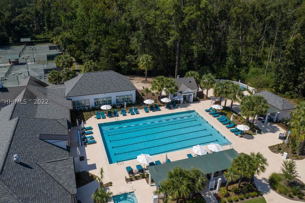 44. Single Family Homes for Sale at 35 Lexington Drive Bluffton, South Carolina 29910 United States
