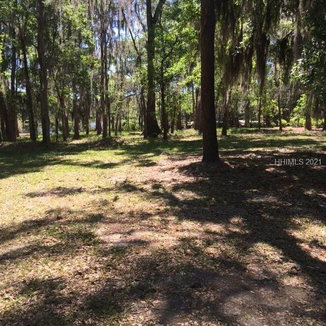 4. Land for Sale at 182 Summerton Drive Bluffton, South Carolina 29910 United States