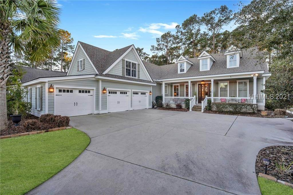 Single Family Homes for Sale at 153 Farnsleigh Avenue Bluffton, South Carolina 29910 United States