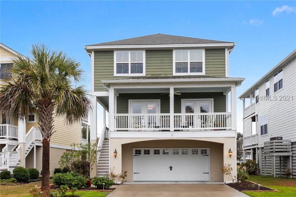 Single Family Homes for Sale at 17 Jarvis Creek Lane Hilton Head Island, South Carolina 29926 United States