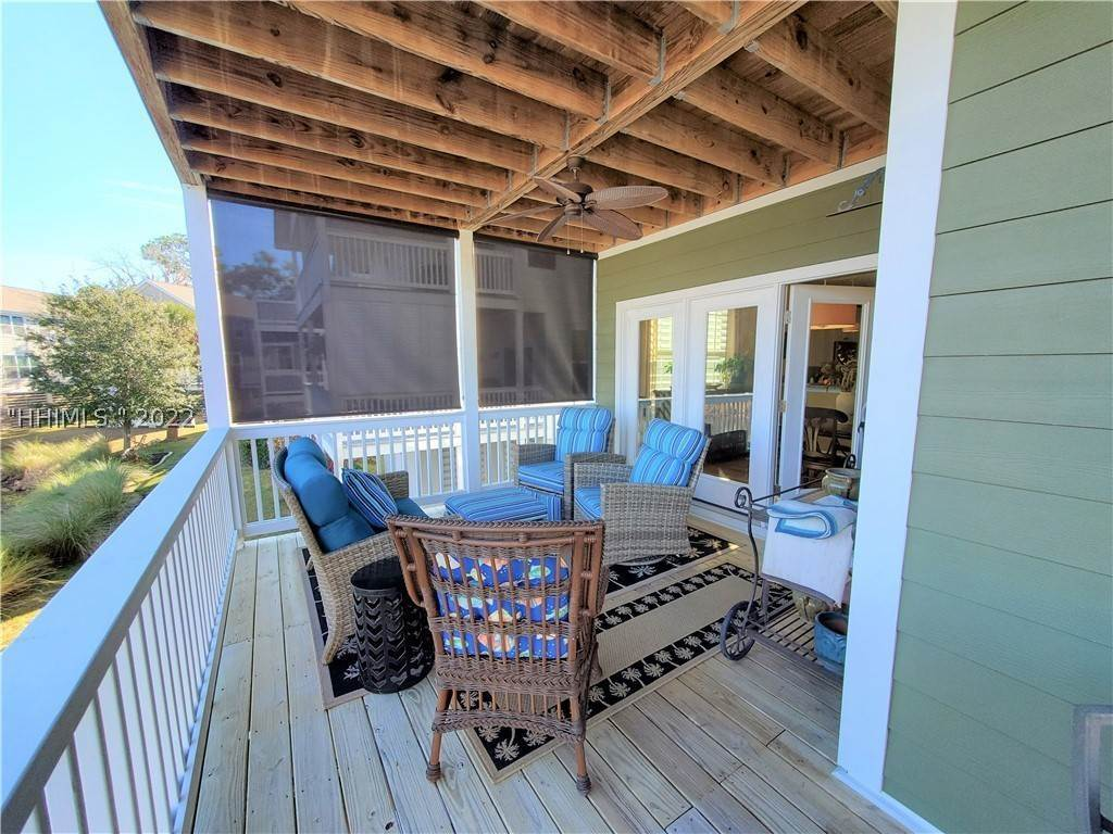 19. Single Family Homes for Sale at 17 Jarvis Creek Lane Hilton Head Island, South Carolina 29926 United States