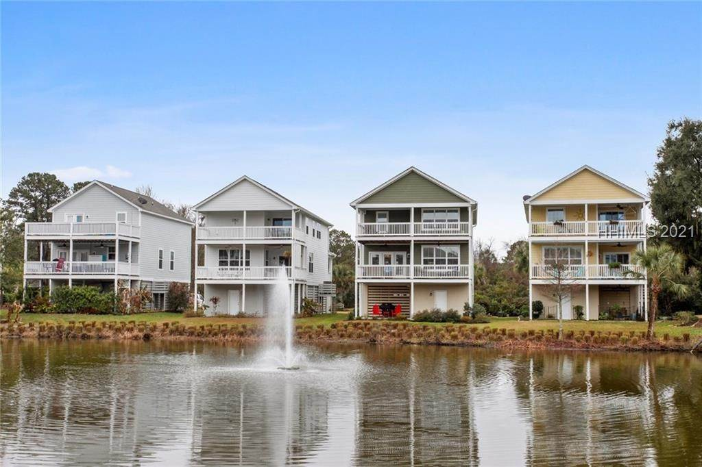 20. Single Family Homes for Sale at 17 Jarvis Creek Lane Hilton Head Island, South Carolina 29926 United States