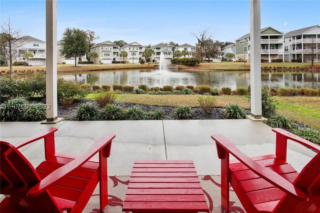 3. Single Family Homes for Sale at 17 Jarvis Creek Lane Hilton Head Island, South Carolina 29926 United States