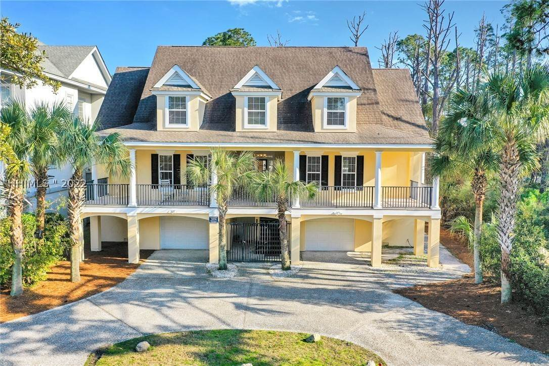 Single Family Homes for Sale at 4 Sandy Beach Trail Hilton Head Island, South Carolina 29928 United States
