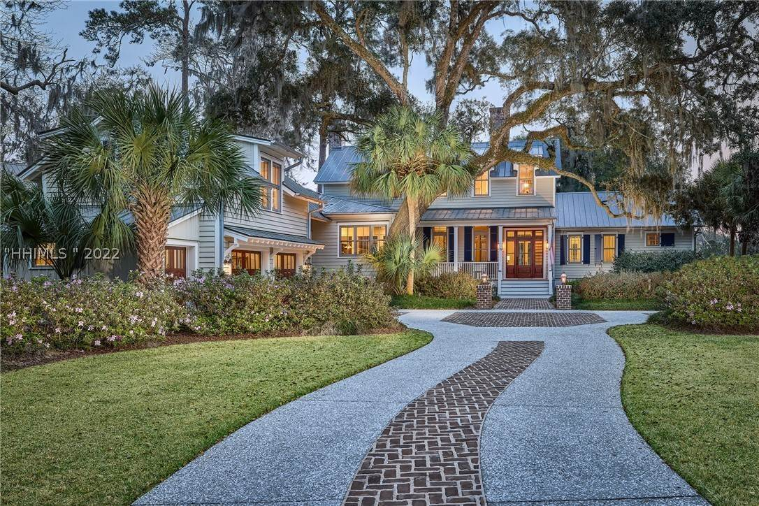 Single Family Homes for Sale at 18 Parkman Street Bluffton, South Carolina 29910 United States