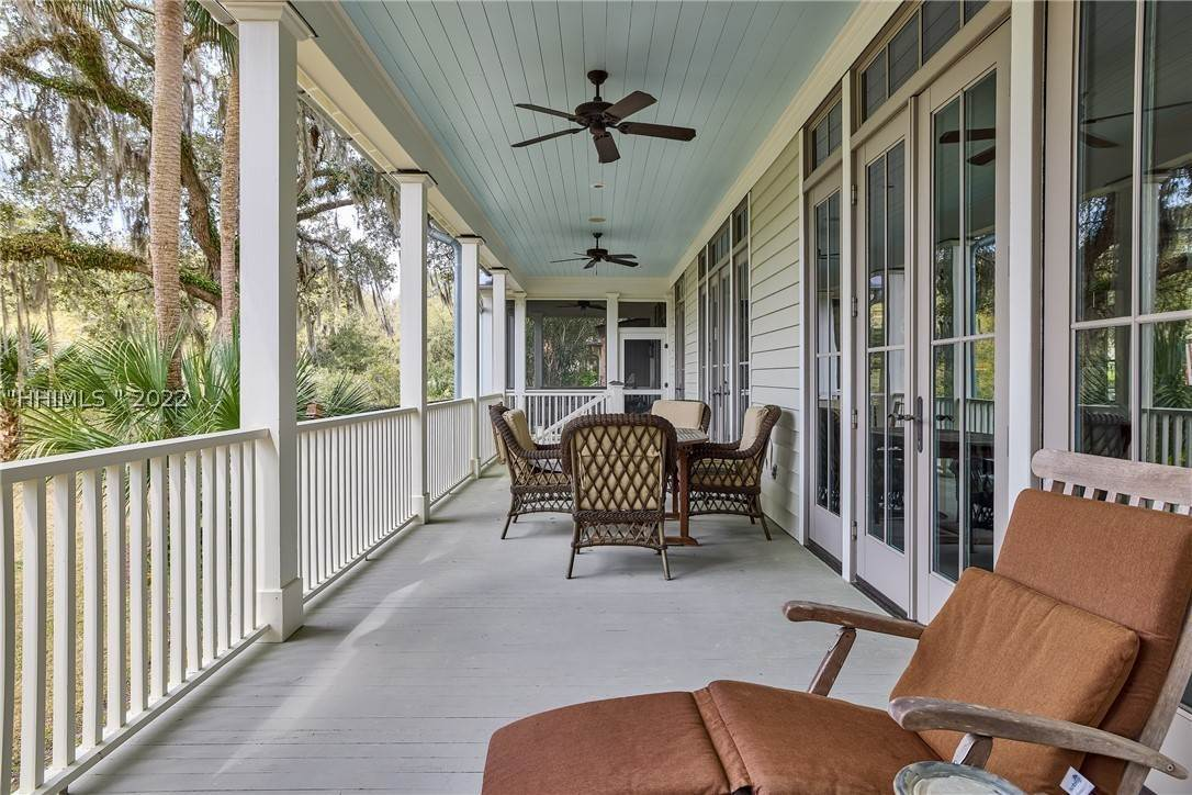 34. Single Family Homes for Sale at 18 Parkman Street Bluffton, South Carolina 29910 United States