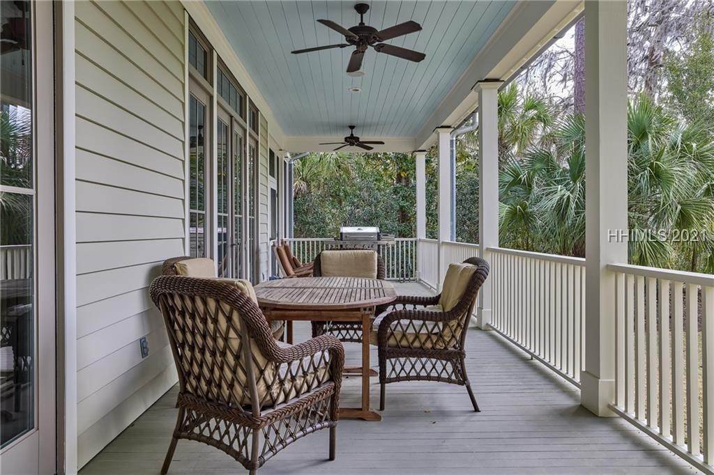 48. Single Family Homes for Sale at 18 Parkman Street Bluffton, South Carolina 29910 United States