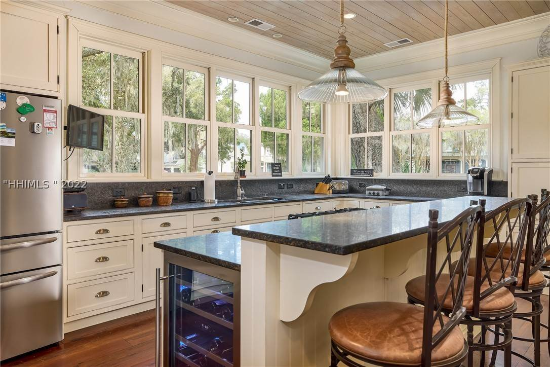 9. Single Family Homes for Sale at 18 Parkman Street Bluffton, South Carolina 29910 United States