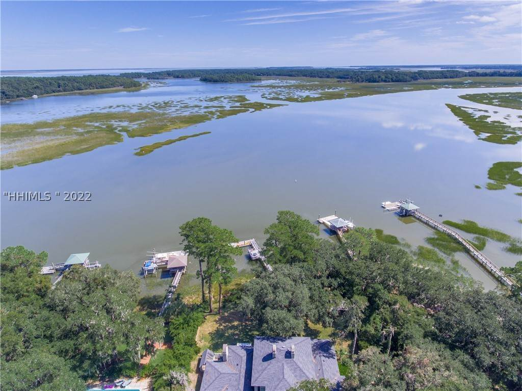 Single Family Homes for Sale at 4 Lucy Creek Drive Beaufort, South Carolina 29907 United States