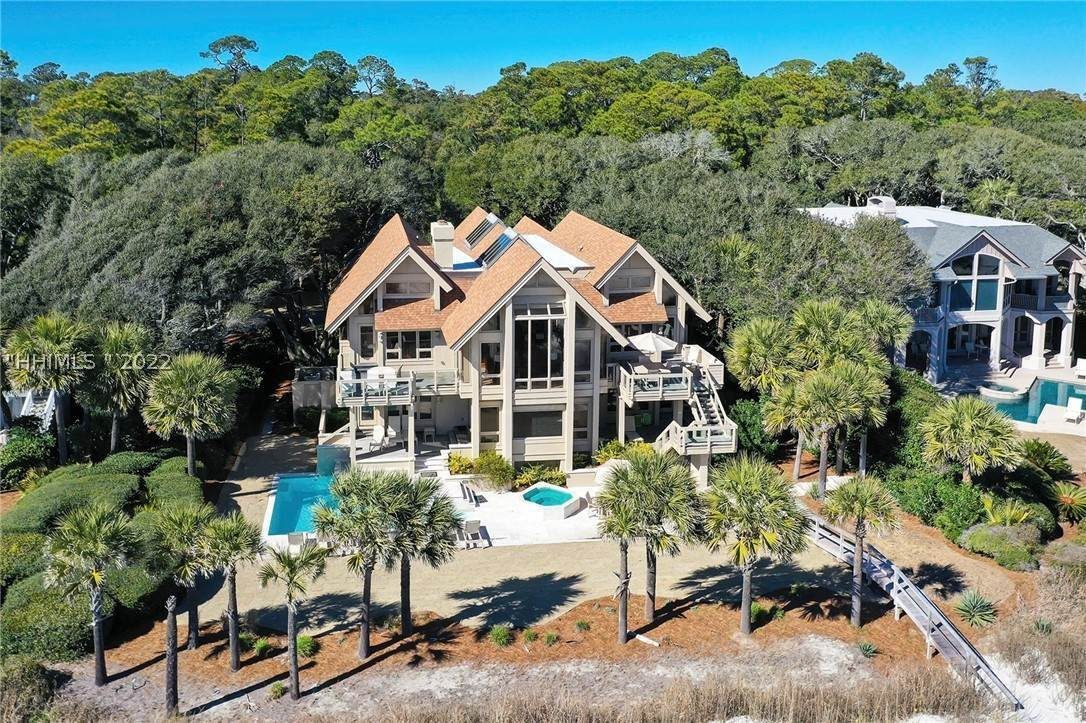 Single Family Homes for Sale at 23 S Beach Lagoon Drive Hilton Head Island, South Carolina 29928 United States