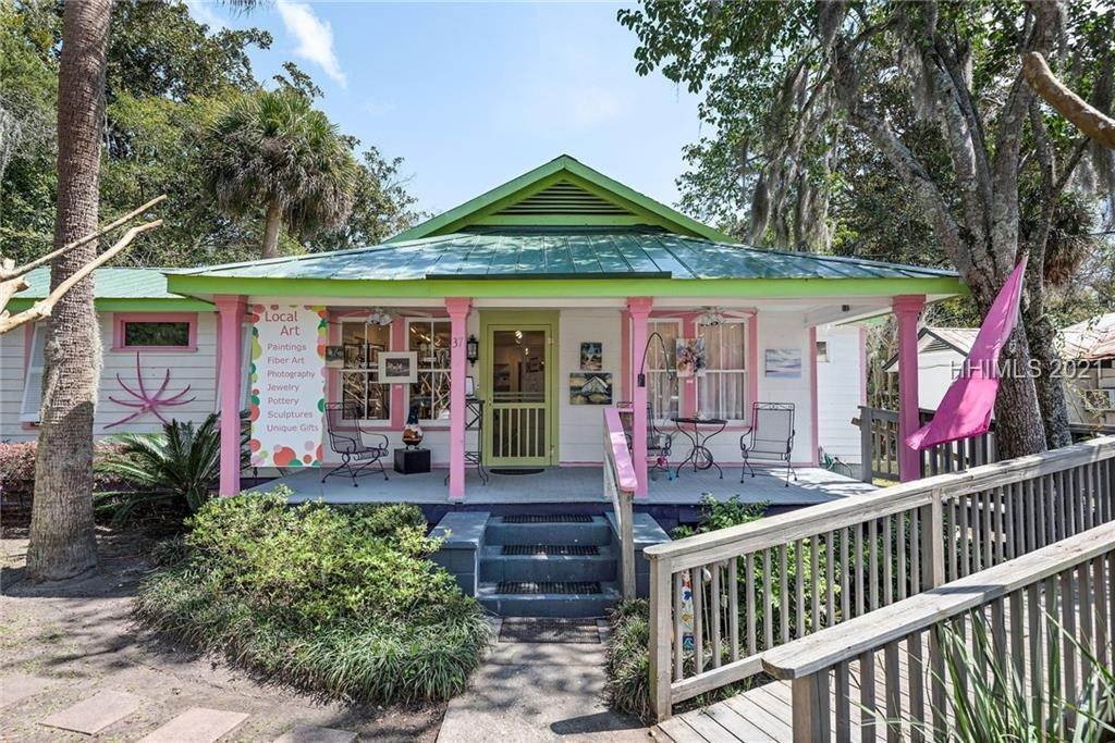 Commercial for Sale at 3 Lawton Street Bluffton, South Carolina 29910 United States